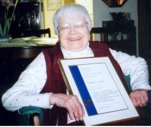 2003: Reconnaissance Manitoba Quality Month à Isobel Loutit